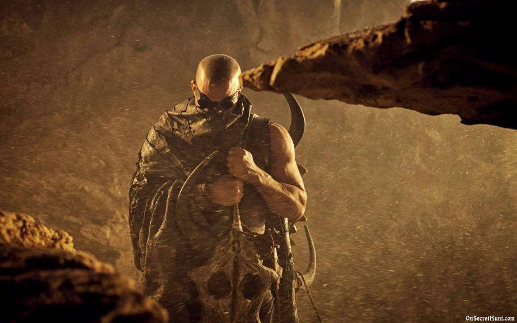 Riddick in the wastelands without any music