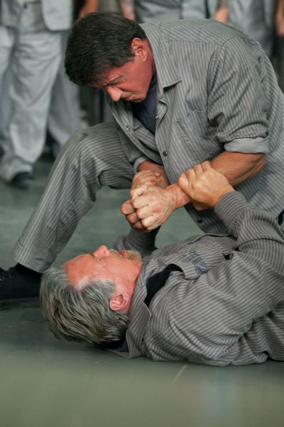 Little bit of fighting in Escape Plan 2013