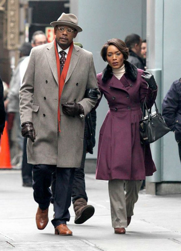 Uncle and aunt walking in the streets