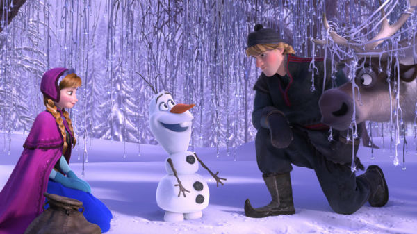 Snowman talking to main heroes of this movie
