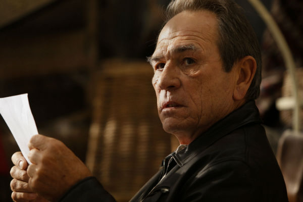 Tommy Lee Jones in Malavita 2013 movie