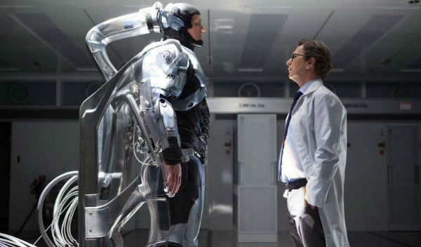 Gary Oldman doesn't play a bad guy in RoboCop
